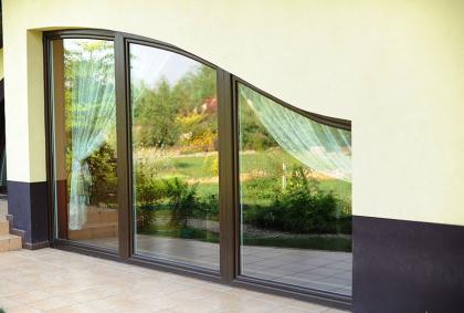 Solidne drzwi tarasowe