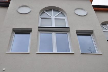 Projekt w Niemczech - Białe okna Solo
